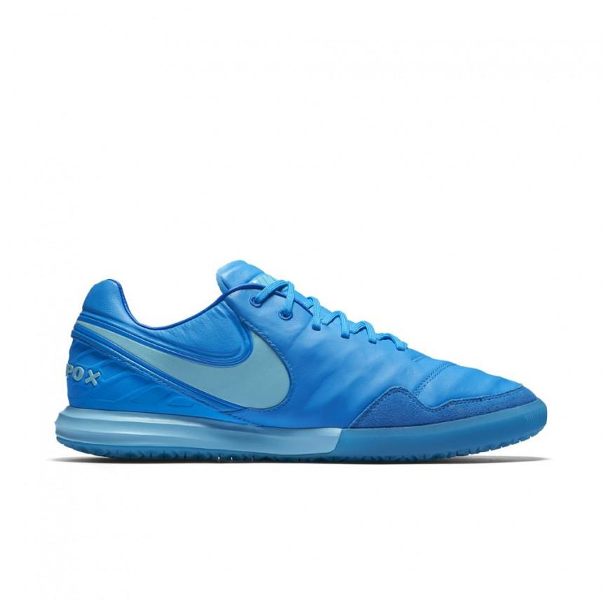 Nike Tiempo X